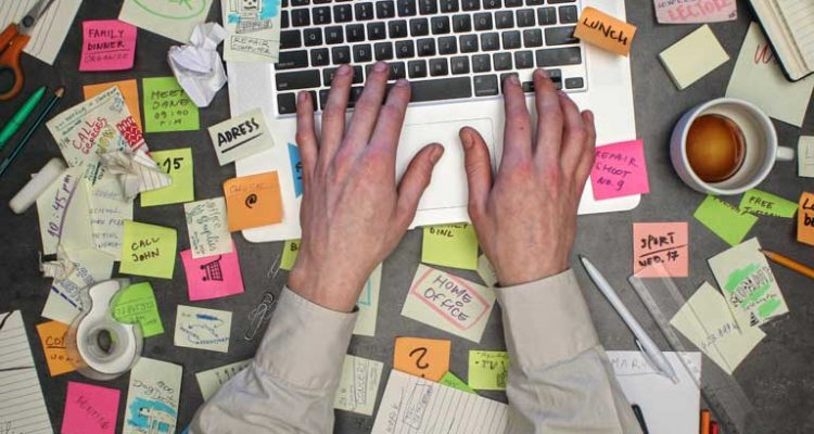 Cleaning Your Messy Desk